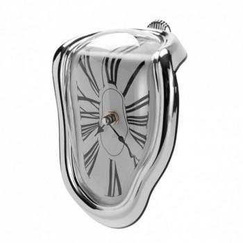 """Часы настенные """"Утекающее время"""""""