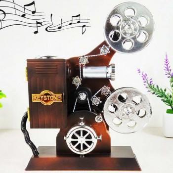 Кинопроектор винтажный музыкальный