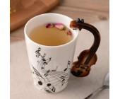 Оригинальная чашка с ручкой в форме скрипки
