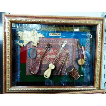 Национальный сувенир-миниатюра в рамке